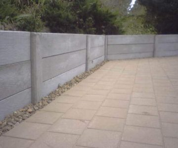 Concrete Retaining Wall with Paving